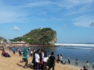 Pantai Indrayanti di siang hari