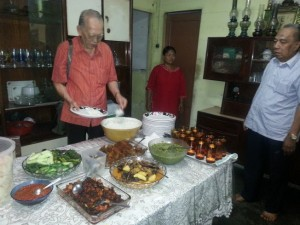 Makan-makan keluarga