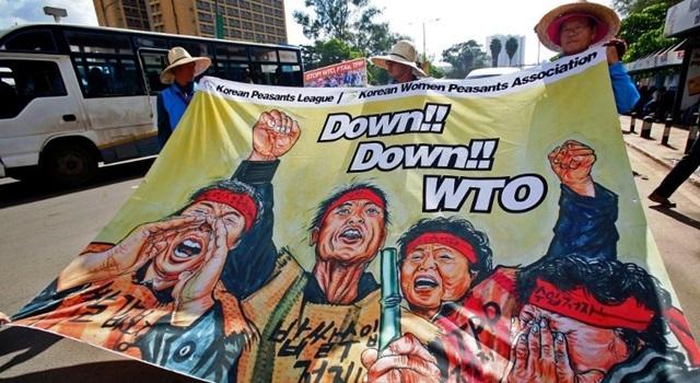 Kelompok anti World Trade Organisation (WTO) berunjuk rasa di Nairobi, Kenya, 16 Desember 2015. Stringer/AFP